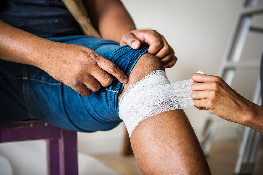 How to Treat a Major and Minor Wound